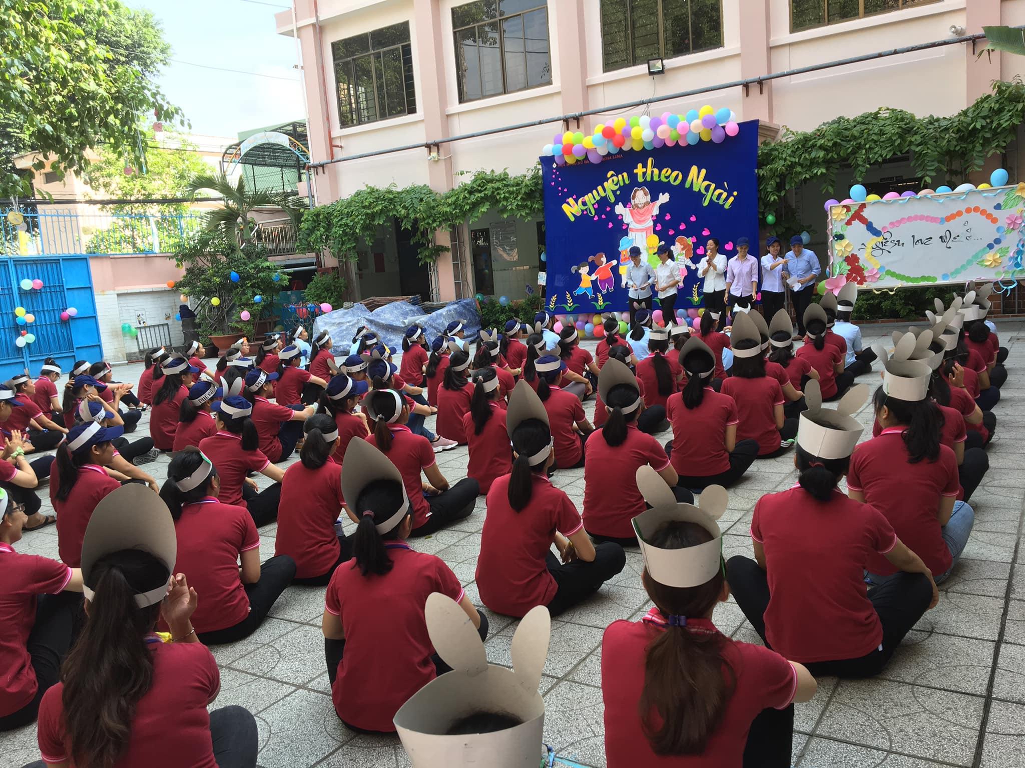 120 thanh thiếu nữ tham gia ngày Hội Ơn Gọi Dòng Đa Minh Rosa Lima